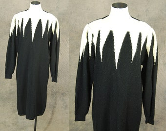 Clearance Sale vintage 80s Sweater Dress - 1980s Black and White Spike Avant Garde Sweater Dress Sz L XL