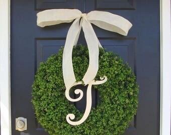 SUMMER WREATH SALE Monogram Boxwood Wreath, Year Round Painted Monogram Wreath with Bow, Spring Decor, Housewarming Gift, Monogram Initial W