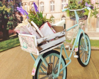 So Shabby So Chic  Miniature 1/12 Scale Dollhouse Bicycle
