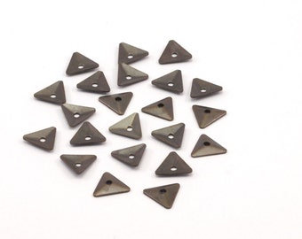 Triangle Spacer Bead, 100 Antique Brass Triangle Bead Caps (7x8mm) Bom 619 K092