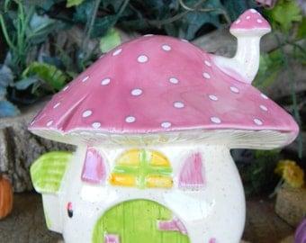 Ceramc MUSHROOM Fairy House BANK     Gnome House