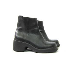 Black Leather chunky Ankle boots vintage 90s short ankle boots Chelsea Beatle boots women's Nine West Side Zipper Shoes size 8.5