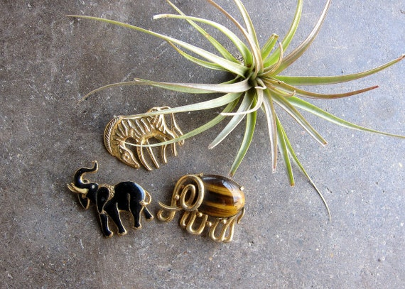 Vintage Elephant & Zebra Pins Gold Metal Brooch Boho Instant Collection of Jungle Animal Safari Pins Retro Hipster Costume Jewelry
