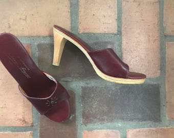 1970s Vintage Etienne Aigner Oxblood  Leather Heels Mules Shoes  7