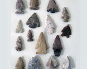 Collection of 16 vintage arrowheads