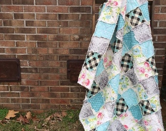 King Quilt, Full Quilt, Rag Quilt, YOU CHOOSE SIZE, Little Cove fabrics, turquoise and florals, comfy cozy handmade bedding