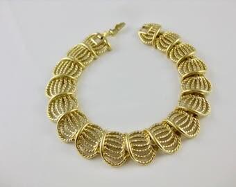 Vintage Goldtone 7 1/4 Inch Bracelet