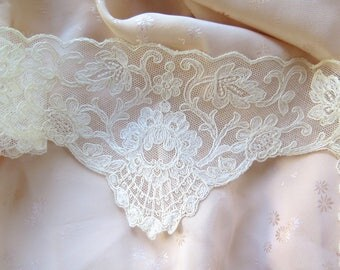 Antique Tambour Lace Trim /Inset Collar Ivory Cotton  Embroidered Tulle