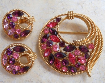 Beautiful rhinestone brooch and matching earrings pink purple layered stones gold retro jewelry clip circles mid century