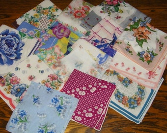 Vintage Lot of 20 CRAFT CUTTER  Printed Floral Handkerchiefs, 9779
