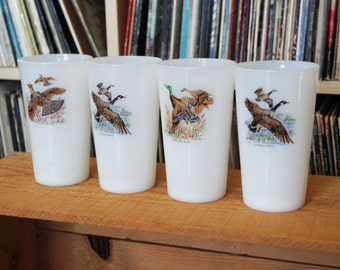 Set of Four Vintage Federal Glass Milk Glass Tumblers