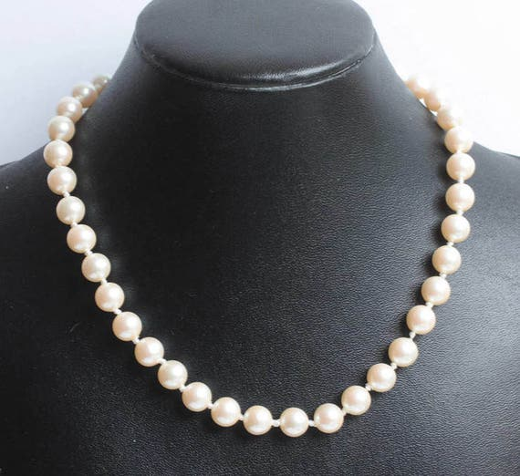 Faux Pearl Choker Necklace Bridal Prom Preppy 15 Inches Vintage