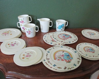 Vintage Play Dishes Tea Set 20 Pieces in 2 Designs