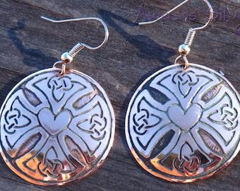Celtic Knot Copper Earrings. Celtic Heart Copper Earrings.