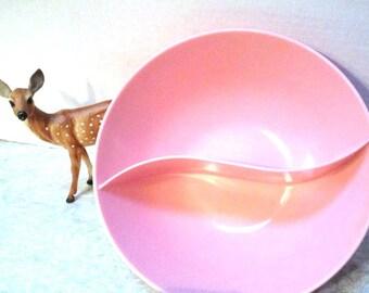 Vintage Pink Melamine Divided Bowl, Melmac Mapcrest Chicago Melamine Serving Bowl, Retro, Mad Men, Dinner, Vegetables, Baby Shower