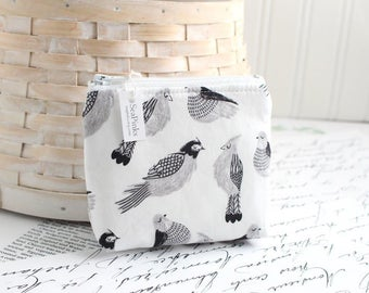 Black and White Bird Coin Purse Small Change Purse Card Holder Zipper Pouch
