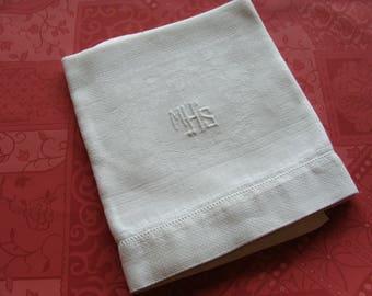 1 Heavy Linen Damask Vintage Snow White Monogram Show Towel