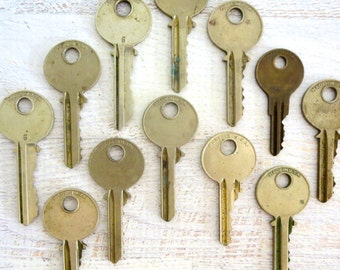 12 Keys Key collection Vintage stamping keys Yale keys DIY Stamping keys House keys Old keys for stamping Blank keys Blank side A1 #12
