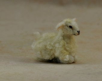 Needle Felted  Animal, Nativity, Needle felt  sheep, Spring animal, Needle felted animals, Farm animal