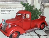 Large Metal Old Fashioned Red Truck Christmas Decor / Primitive / Centerpiece / Christmas Tree  / Christmas Arrangement, READY To SHiP