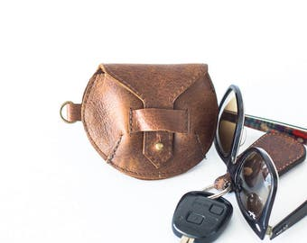 Brown distressed leather case for earphones, earbuds pouch headphone holder cable holder organizer earphone keeper coin purse