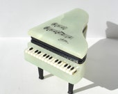 Vintage alabaster grand piano jewelry box, 1960's piano trinket box signed Duska, pale green, made in Italy, sheet music on top