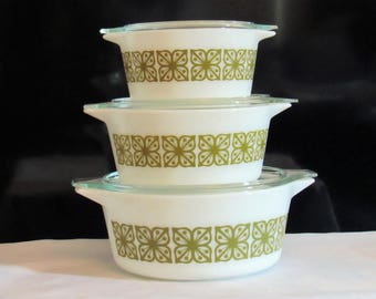 Vintage Set of 3 Retro Mod Pyrex Glass Covered  Casserole Dishes with Green Square  Floral Flower Power Motif