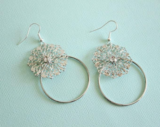 Silver Lightweight Hoop Earrings.
