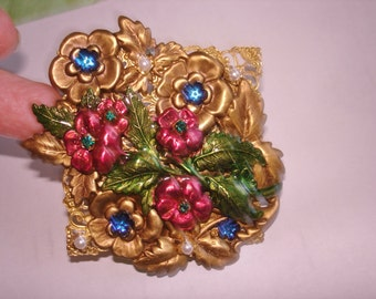 Flower Garden Brooch Gold Tone