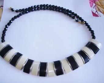Black Cream White Bead Necklace