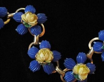 Vintage Plastic Flower Bracelet, Faux Shells