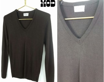 Vintage 70s Preppy Chocolate Brown V-Neck Acrylic Pullover Sweater!
