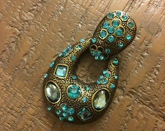 Jewelry pendant metal with turquoise jewels