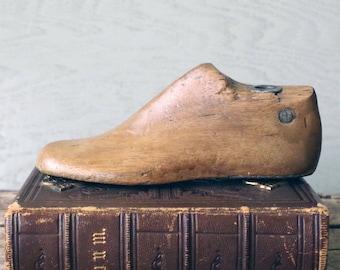 1950s Childs Shoe Last Wood Shoe Form - Small Wooden Shoe Last