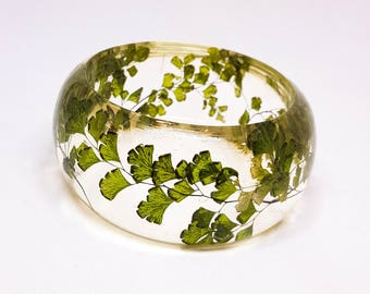 Size Medium Fern Resin Bangle.  Green Bangle Bracelet.  Pressed Flower Bangle - Maidenhair Fern.  Real Flowers. Handmade Resin Jewelry.