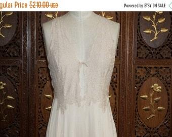 ON SALE 1970s GLYDONS Hollywood Peach Blush Lace Peignoir Gown Sz S