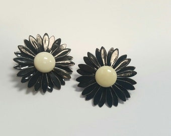 Vintage 1960s Black and Cream Enameled Flower Power Clip on Daisy Two Toned Hinged Back Earrings