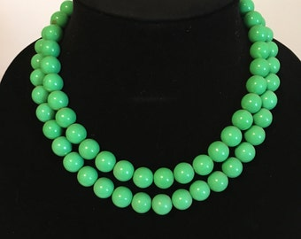 spring green necklace, round beads, two strand, adjustable clasp, double necklace, made in hong kong