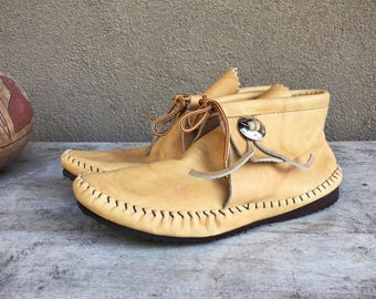 Vintage Taos moccasin Women's size 7.5 to 8 leather hard-soled ankle boot fringe concho, Native American Indian boot, short moccasin boot