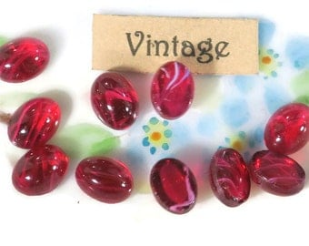 Vintage Glass Cabochons,Oval 8x6mm Cabochons, Pink givre cabochons, Cranberry cabochons,Red NOS Shabby chic (26VV)