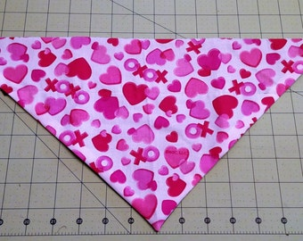 Valentine Dog Bandana, neckerchief, scarf, hearts, xo, love, romance