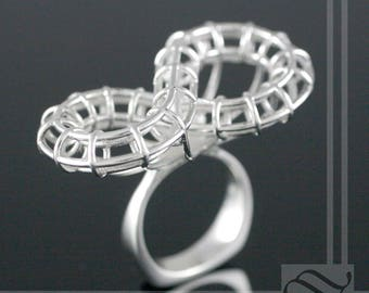 Roller Coaster Ring - Sterling Silver Figure 8 configeration
