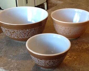 Vintage Pyrex Woodland Mixing Bowl 3 Piece Set Brown Flower #401 #402 #403