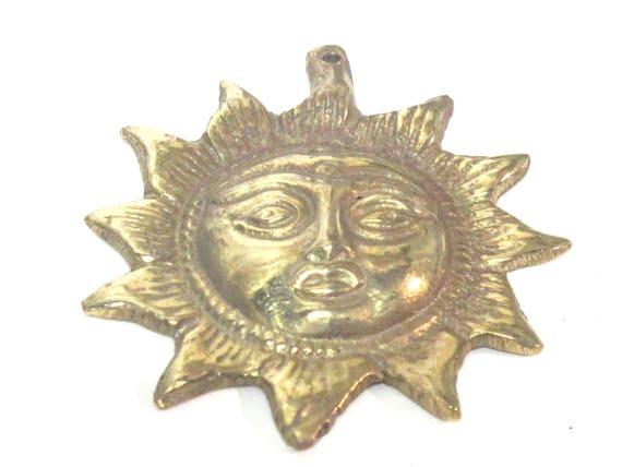 1 Pendant - Large Tibetan brass Sun pendant from Nepal - CP125