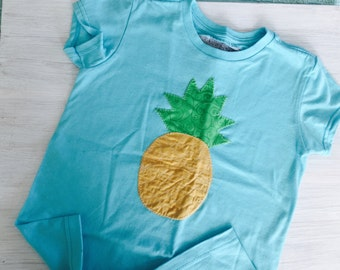 Stand tall and wear a crown pineapple tee