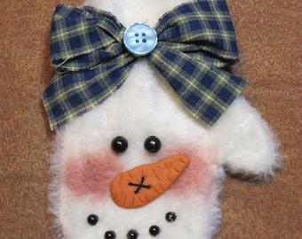 Snow Mitt -- Snowman Ornament