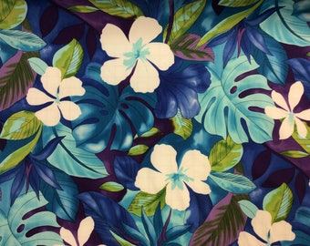 Beautiful Hawaiian Print. (Yardage Available)