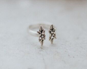 Twin Wildflowers Ring