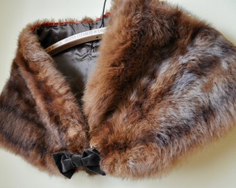 Vintage 50s Brown Fur Wrap with Velvet Bow Fits Multiple sizes
