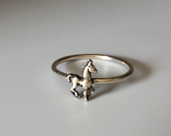 Horse Stacking Ring. Sterling silver stacker jewelry mix and match. Equine equestrian colt foal mustang barrel jumping roper cowgirl jewelry